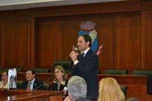 Francesco Urraro, presidente dell'ordine degli avvocati mentre introduce Lucia Borsellino